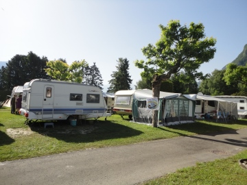 Emplacement camping Rive Bleue